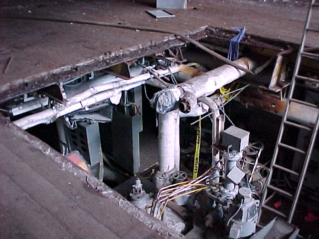 LSD-32 Engine Room 1e